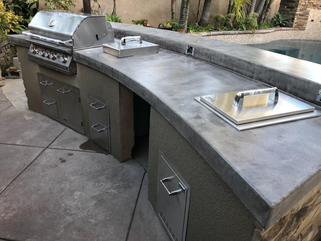 Lion Grills - Outdoor Kitchen
