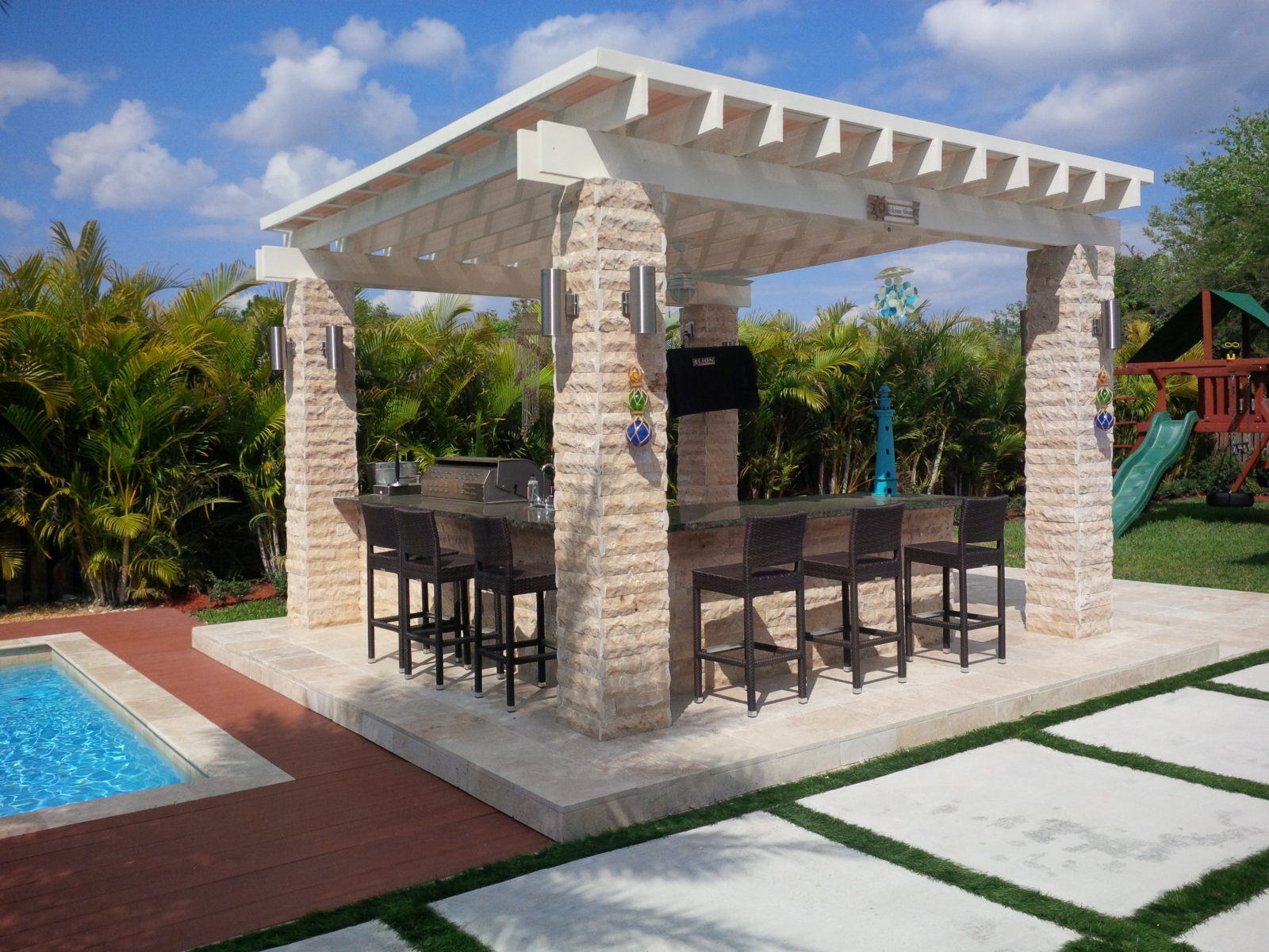 Outdoor Patio Design @ Miami, FL