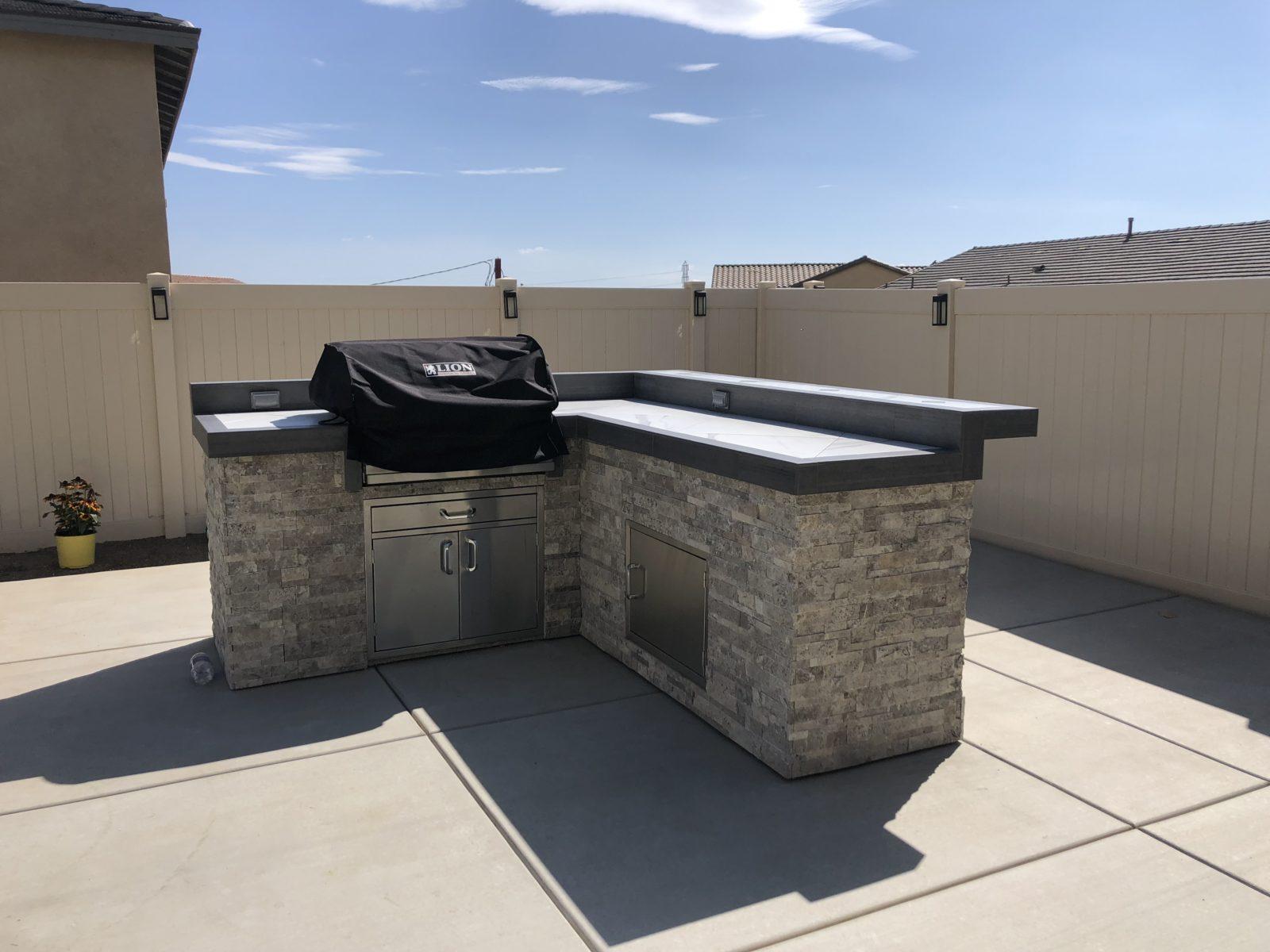 Lion BBQ - Outdoor Kitchen