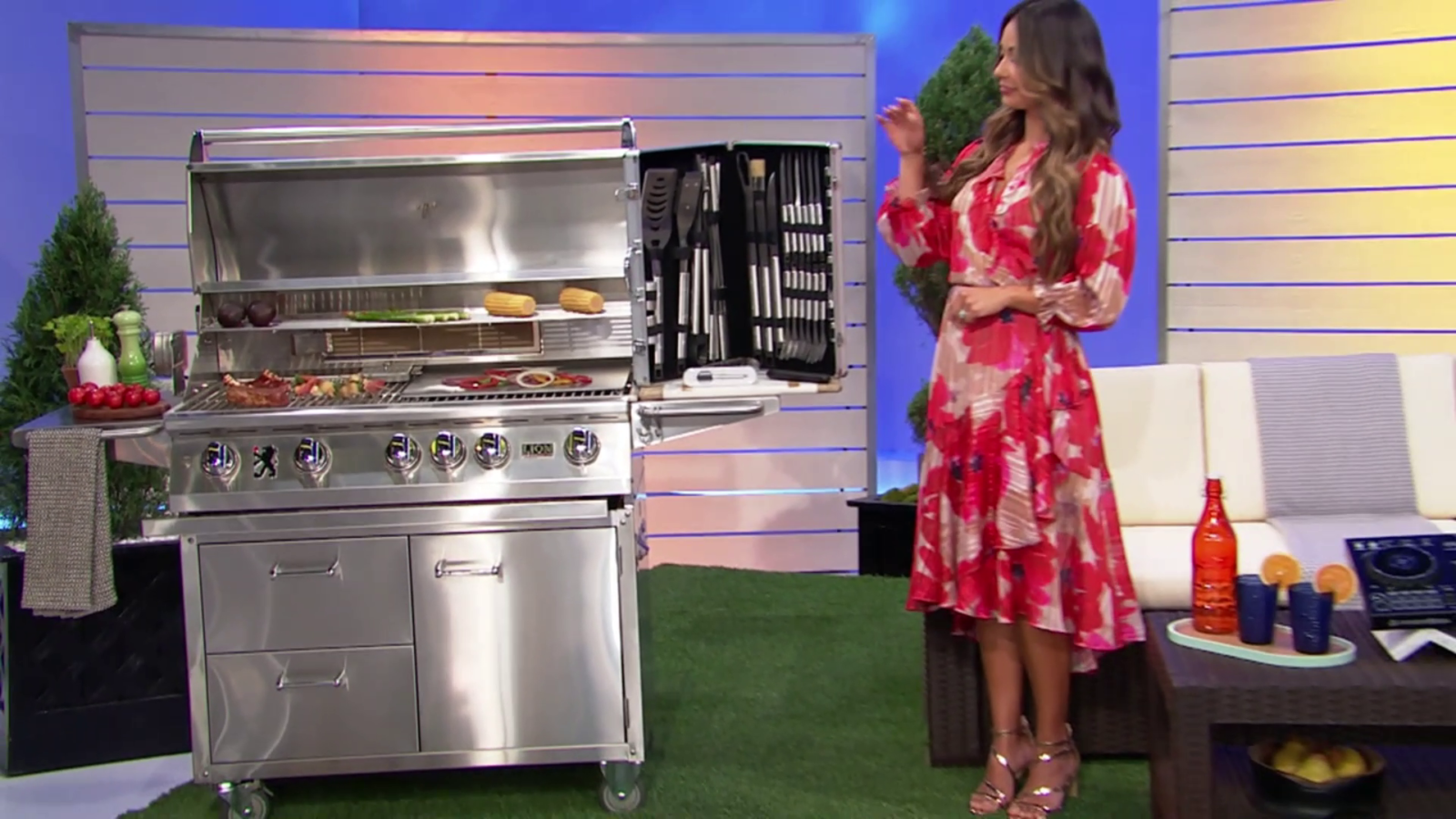 Lion Grills - Another Image of our Grill and Cart Combo on CBS' The Price is Right